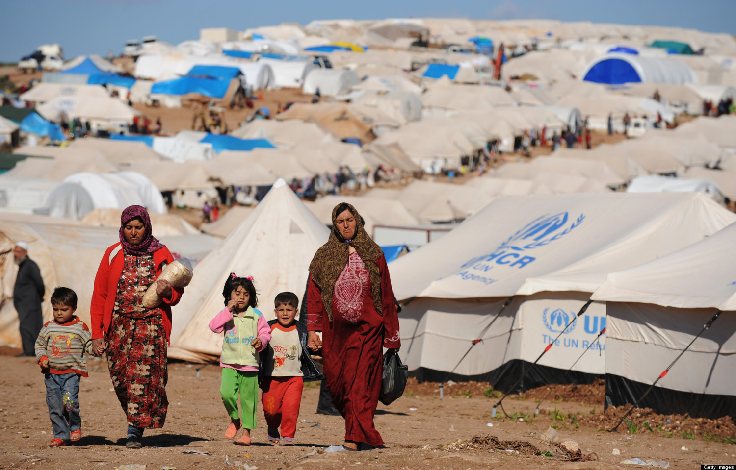 the syrian refugee crisis student resolution Greater united states and russian engagement on syria and efforts to reach a political settlement in 2016 failed to significantly reduce egregious violations of human rights and humanitarian law .